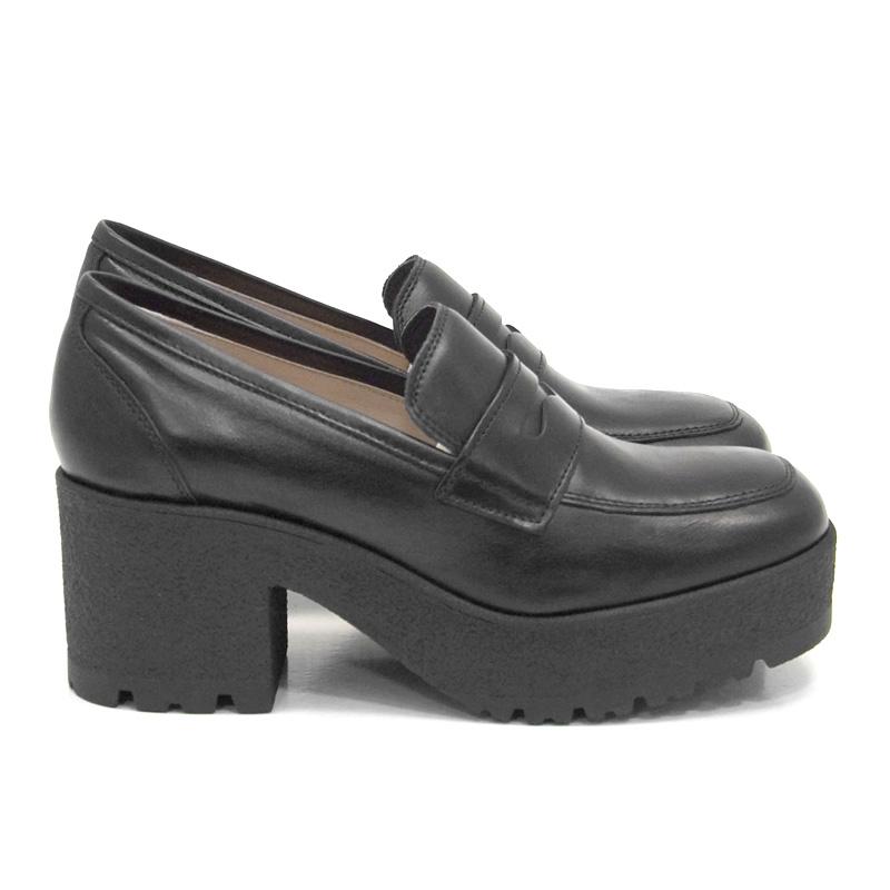 Γυναικείο loafer UNISA KOY-SCO