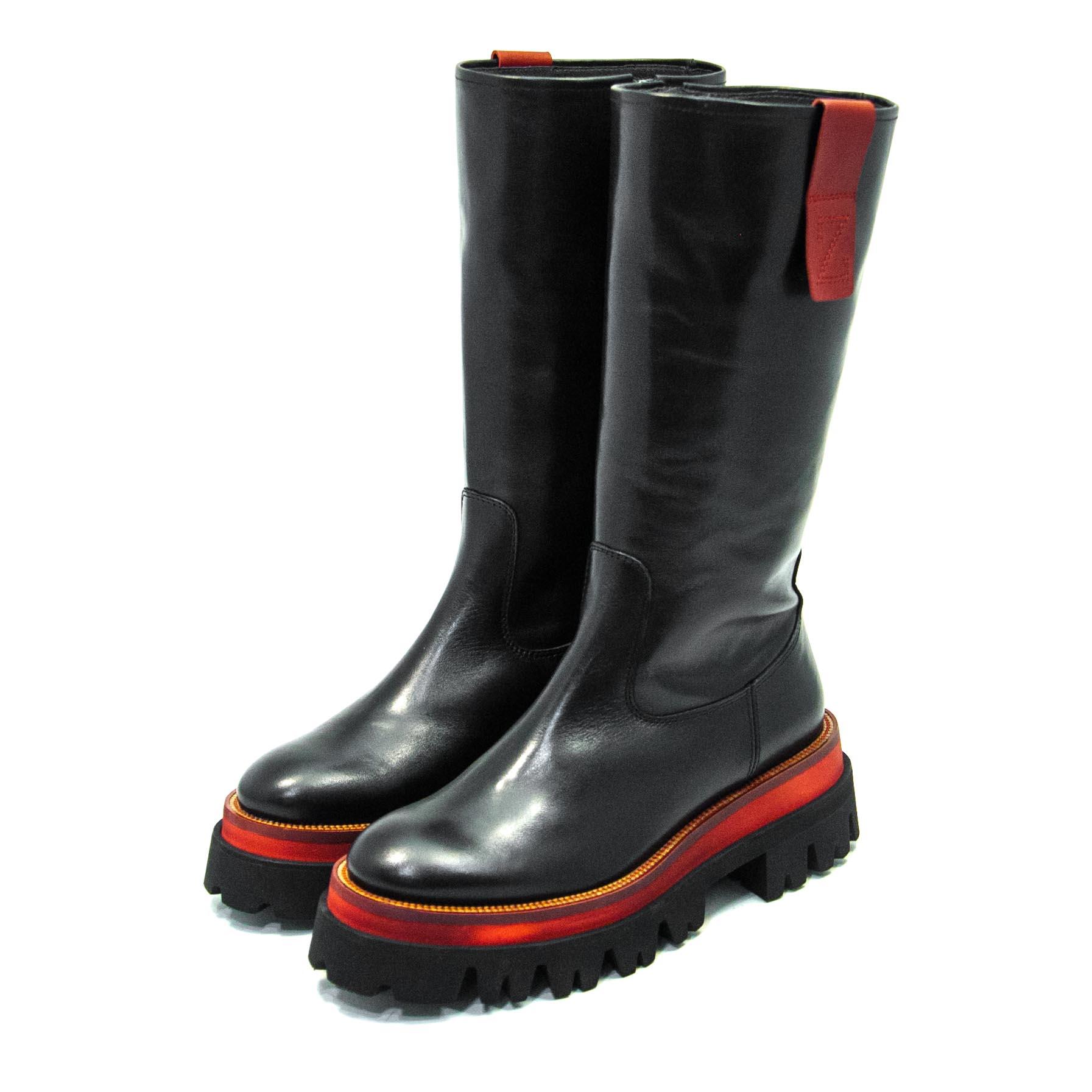 Γυναικεία μπότα χ. ZINDA L161