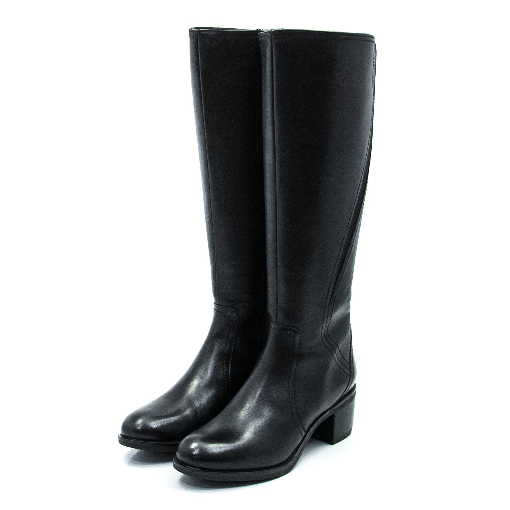 Γυναικεία μπότα WIKERS A59924
